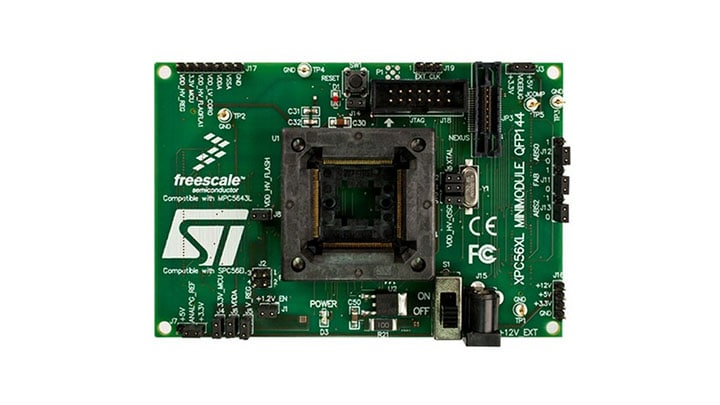 Evaluation Board for the NXP<sup>&#174;</sup> MPC564xL 32-bit dual core Power Architecture&#174; MCUs Image